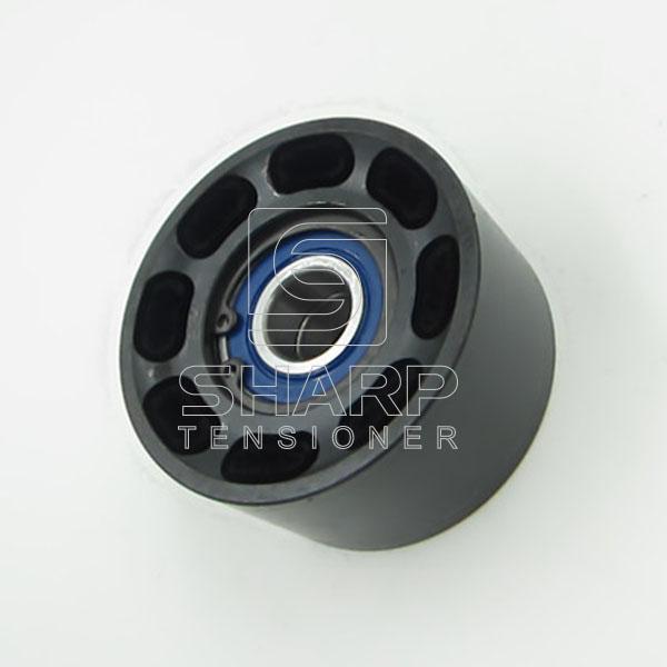 TAC010 87840244 Idler pulley (1)